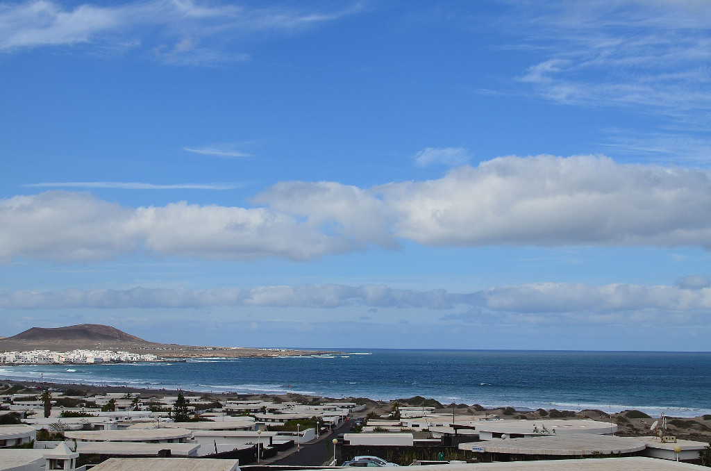 View sea famara